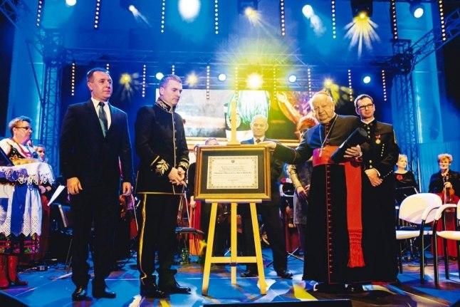 Kardynał Stanisław Dziwisz Honorowym Obywatelem Miasta Wieliczka