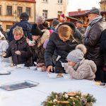 wigilia dla mieszkańców na wielickim rynku 2017 z Artur Kozioł